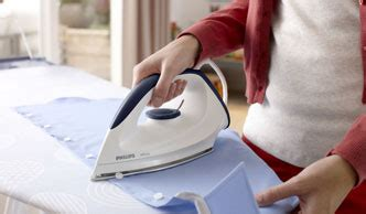 Setrika Philips Affinia philips gc160 02 affinia iron with dynaglide soleplate 1200 watt white co uk