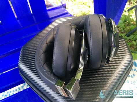 A Audio Icon by A Audio Icon Review Stellar The Ear Wireless Headphones