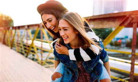 imagenes de nuevas amigas 30 frases de mejores amigas que te ense 241 an el valor de la