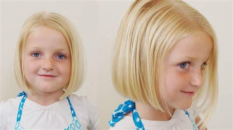 How to Cut little Girls Hair // Basic Bob Haircut // Short
