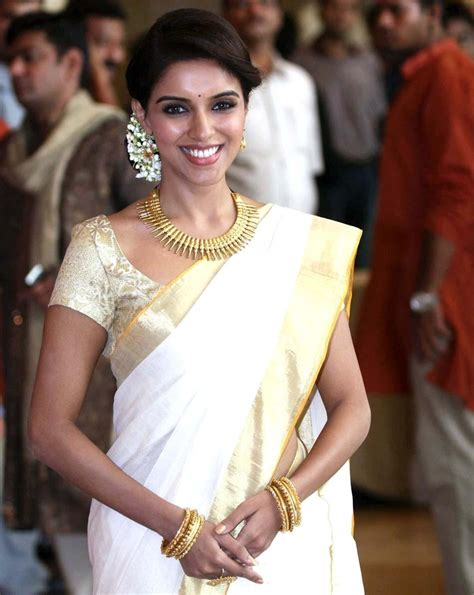 6 Dressing tips for onam   Brijraj Fashion