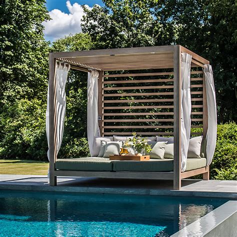 TUUCI for Dual Cantilever Umbrellas, Loungers, Cabanas and