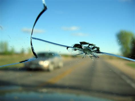 repair glass a bit about auto glass