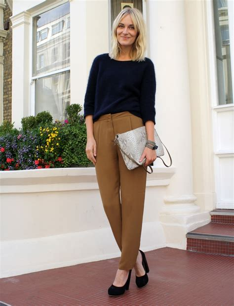 Get The Look How Not To Wear A Coat by 7 Office Wear Ideas How To Not Dress Boring To Work