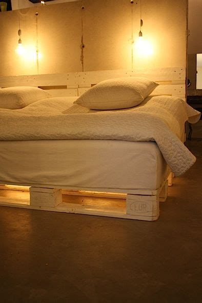 bed risers for rooms 1000 ideas about bed risers on bed ideas