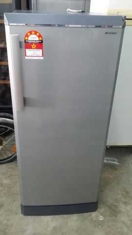 Freezer Sharp 1 Pintu sharp 1 pintu refrigerator fridge peti sejuk ais refurbish