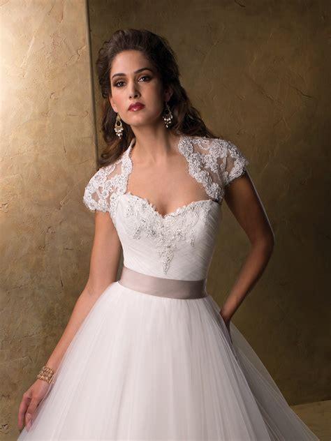 Top Wedding Dresses by Top 10 2013 Wedding Dress Style Illusion Neckline 4