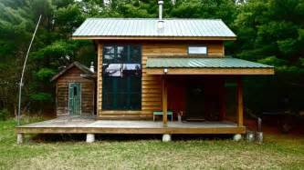 Small Metal Cabins by Small Cabin Metal Roof Plain And Simple Future Homes