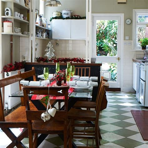 Festive Kitchen by Festive Kitchen Diner With Berry Table Decorations Budget Table Ideas 10 Of The