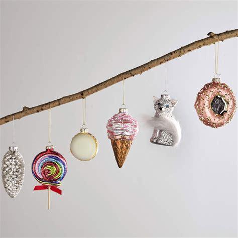 aldis christmas decorations aldi decorations santas are among the bargains