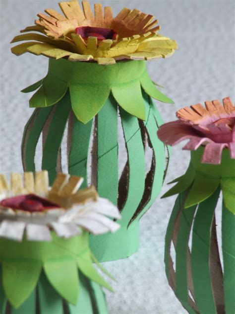 Make Toilet Paper Flowers - tutorial toilet paper roll egg flowers michele