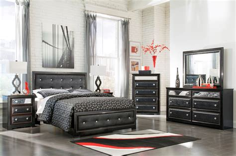 alamadyre upholstered panel bedroom set from b364