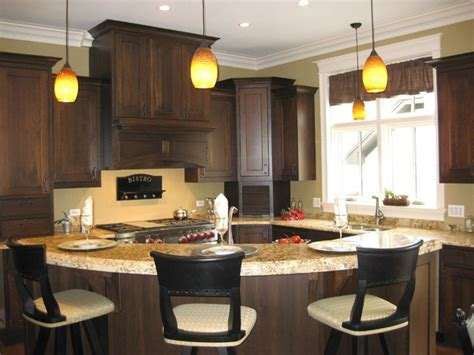 Curved Island Kitchen Designs by Large Curved Island Traditional Kitchen Chicago By