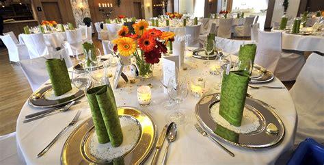 Tischdekoration F R Hochzeit by Tischdeko F 252 R Hochzeit Mit Runden Tischen 2015 2016 Deko