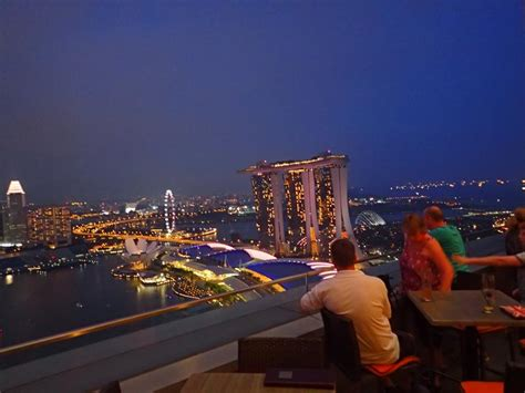 Roof Top Bar Singapore by Best Roof Top Bars With Views Singapore Tripatrek