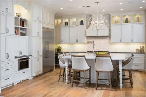 18 fantastic coastal kitchen designs for your beach house fantastic coastal kitchen designs for your beach house or