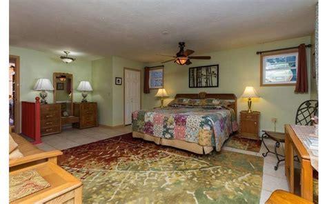 saratoga farmstead bed and breakfast in saratoga springs ny 12866