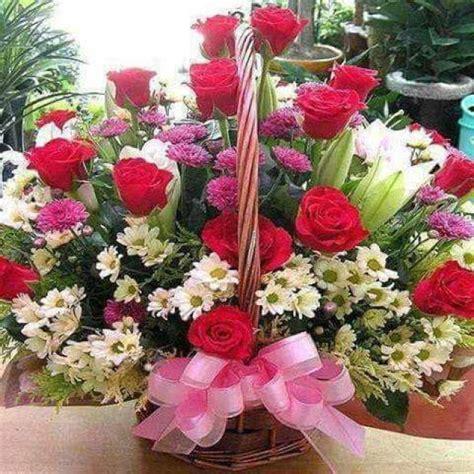 bellas flores amarillas y rojas mandarsaludoscom imagenes de flores para felicitar por whatsapp