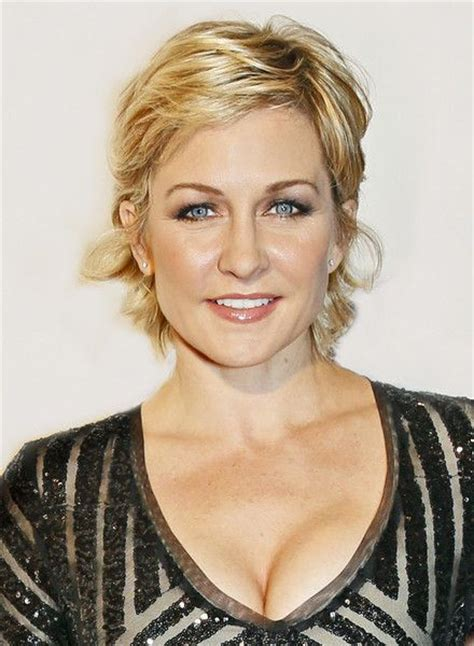 amy carlson short hairstyle 24 best images about amy carlson on pinterest celebrity