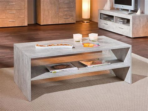 table basse beton gris clair