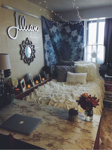 dorm room decor tips and tricks garden state home loans 25 best ideas about tapestry bedroom on pinterest
