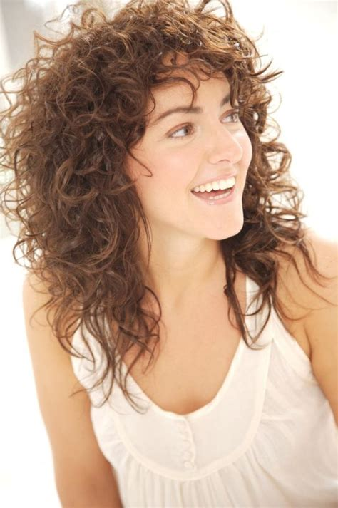 Tips And Hairstyles For The Naturally Look by Nick Arrojo S Top Tips For Styling Curly Hair Picture Of