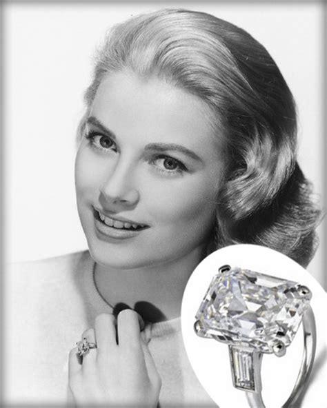 emerald cut engagement rings angara