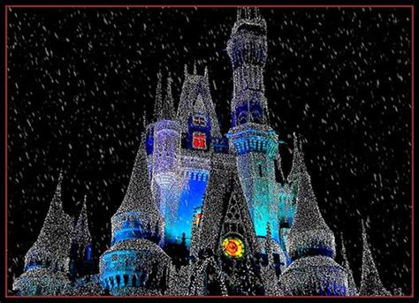 when do the walt disney world christmas decorations go up