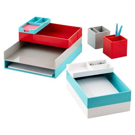 how to fit a desk in a small bedroom fit all of your small desk accessories in one place with