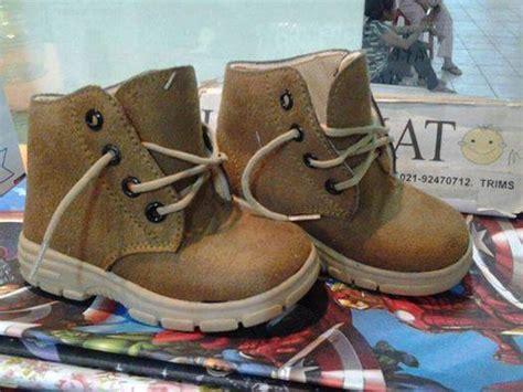 Sepatu Boot Baby jual sepatu baby wang sheriff boots b 3 5 tahun babywang grosir sepatu bayi anak
