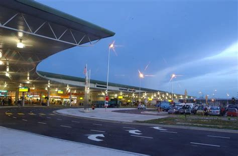 airasia kuala lumpur terminal low cost carrier terminal wikipedia