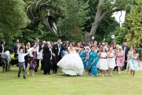 crazy wedding photos crazy wedding photos that will make you gasp fun