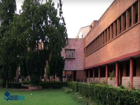 Mba At Miranda House Delhi by Top 10 Arts Colleges In India Top Arts Colleges In India