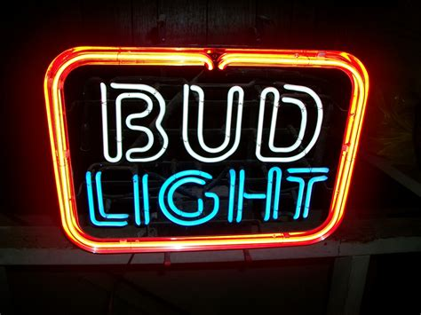 bud light bar signs just got this never used and like brand new 1987 bud light