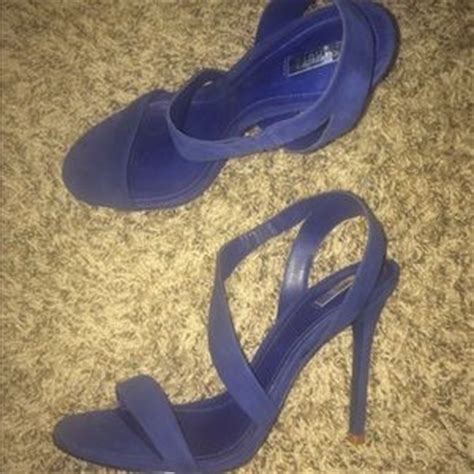 do schutz shoes run small 67 schutz shoes black strappy heeled sandals from