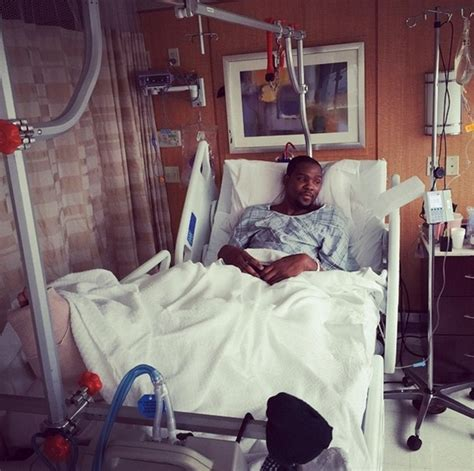 kevin durant posts photo from hospital after foot surgery