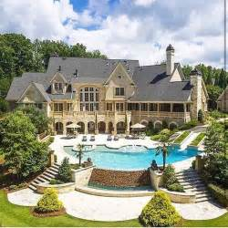 big houses 25 best ideas about big houses on pinterest big houses