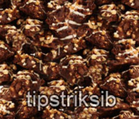 cara membuat kue kering coklat kacang mede resep dan cara membuat kue kering coklat mede enak dan