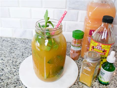Turmeric And Detox Drink by 11 Reasons To Make This Turmeric Detox Drink Spano