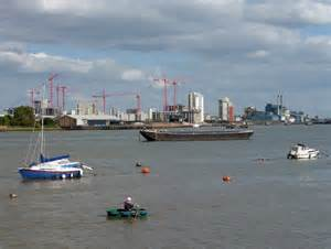 thames river greenwich river thames at greenwich peninsula 4 169 stephen richards