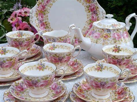 Classic Lovely Tea Sets by Royal Albert S Lovely Serena Pattern Vintage Tea Set For