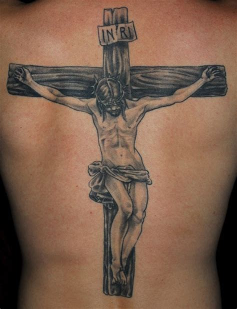 crosses on back tattoos 25 peaceful christian tattoos for creativefan