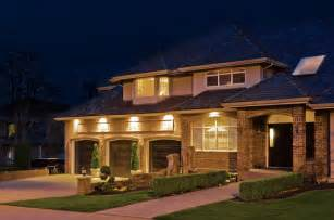 light on houses create a atmosphere with outdoor recessed lighting