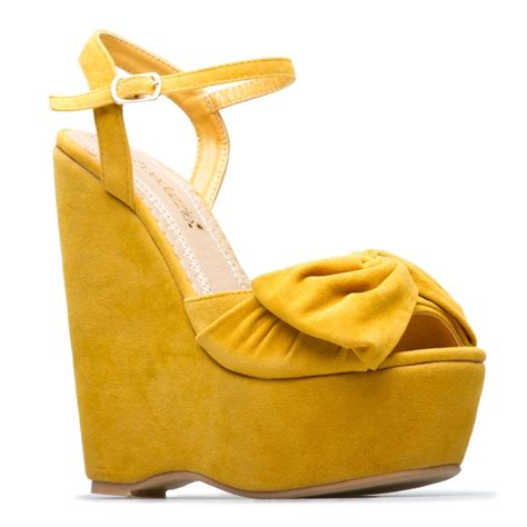 25 best ideas about yellow wedges on yellow