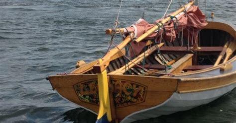 rocking the boat bronx bronx river beauty gaff rigged cat boat rocking the boat