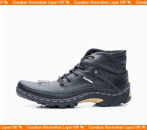 Sepatu Pria Boots Kickers Monater 01 Made In Boots Safety Besi jual sepatu boot pria sepatu boots kulit boot model kickers caterpillar bally brodo bks01tp