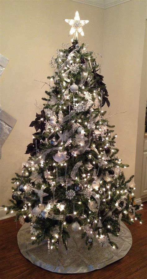 1000 images about christmas tree decorating ideas on pinterest gold christmas tree black