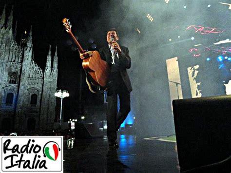 30 anni di radio italia al duomo di si festeggia