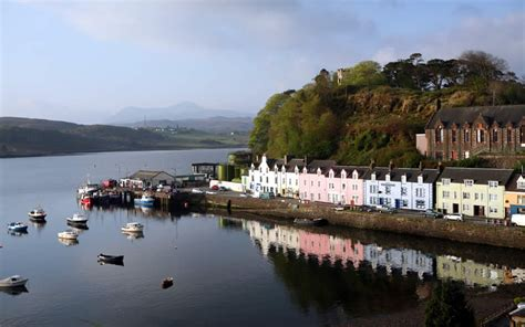 Bed For Small Room by Tour Scotland And Visit The Inverness Skye And The