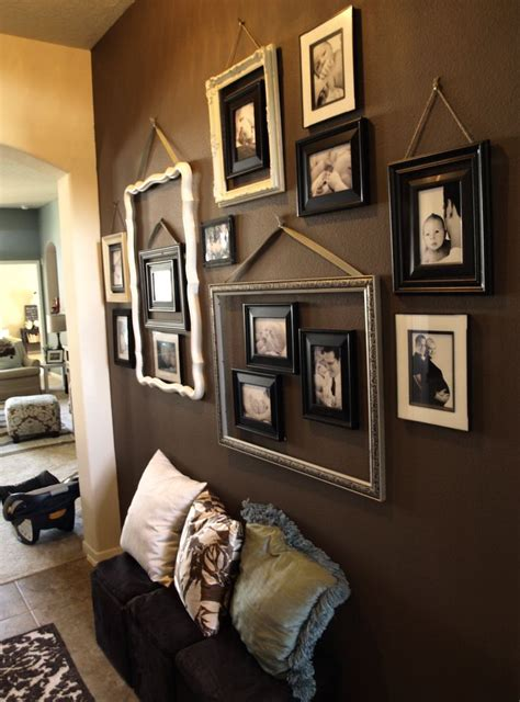 wall frame ideas 25 best ideas about collage frames on wall